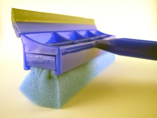 sponge to wipe windows