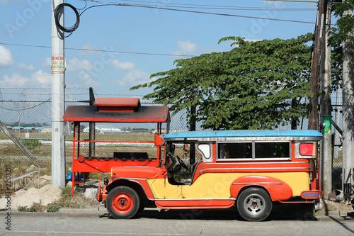 Foto op Plexiglas Indonesië clark jeepney