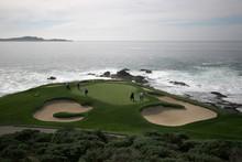 pebble beach golf hole 7