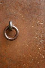 iron door 01