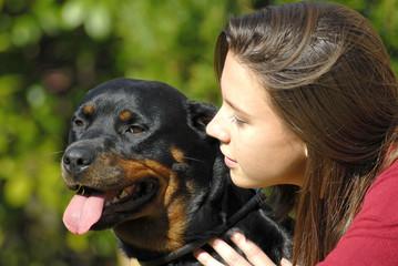 jeune femme et son chien-2