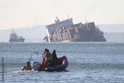 shipwreck - 2235881