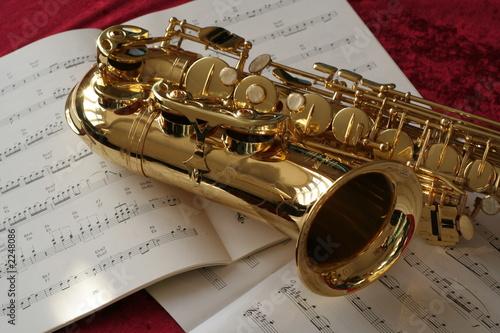 muzyka saksofonu