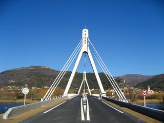 nouveau pont volonne