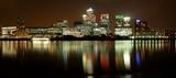 canary wharf. night view.-