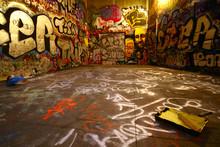 """Постер, картина, фотообои """"graffiti wide angle with paint roller"""""""