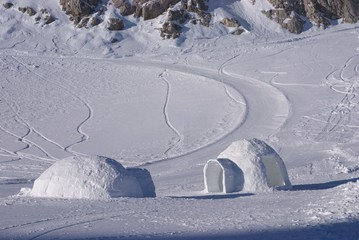 ice igloo 1