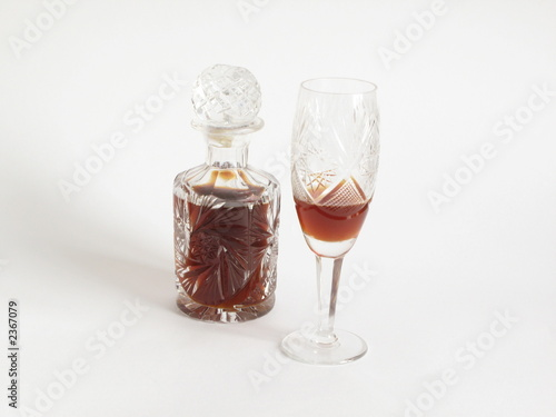 cristal glass decanter