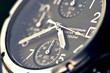 Leinwandbild Motiv montre chronographe de luxe en gros plan heure