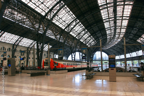barcelona train station - 2415653