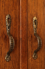 metallic handles