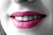 bouche rose et sourire