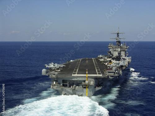 Leinwanddruck Bild aircraft carrier