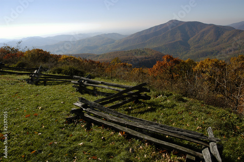 Leinwanddruck Bild blue ridge of virginia