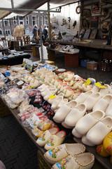 clog market