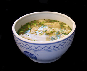 wonton soup in a tureen 2