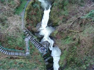 devil's bridge waterfall in winter