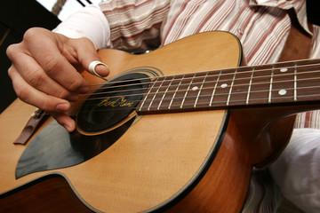 guitar detail 4