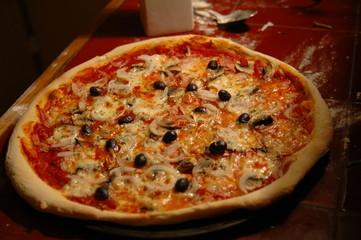 photo pizza cuite