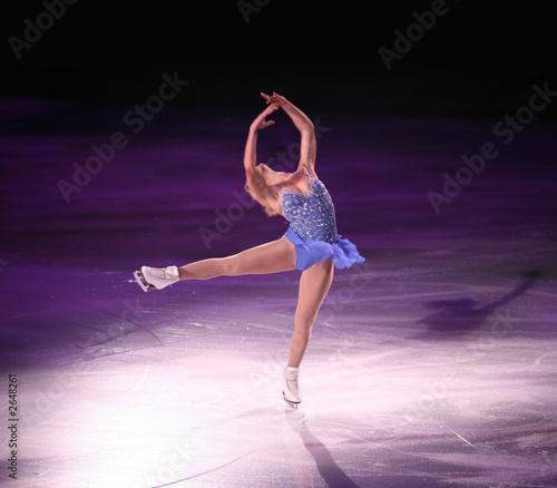 figure skater - 2648261