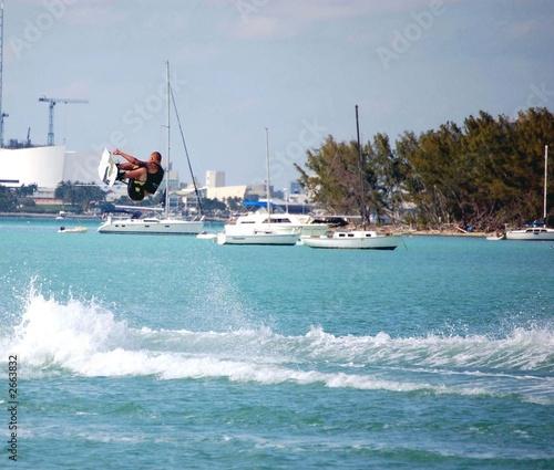 airborne wake boarder