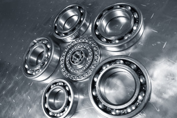 bearings against titanium, wide-view