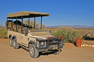 open safari jeep