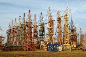 old elevating cranes