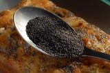 la cuillère de graines de pavot poster