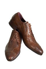man's low shoes