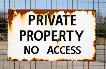 private property no access sign.
