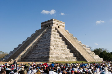 piramides at chichen itza, the mayan ruin. equinox