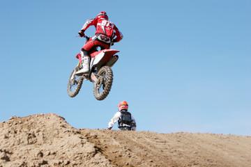 dirt bikes airborne