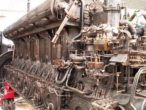 Leinwanddruck Bild dieselmotor
