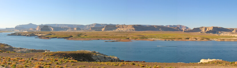lake with flat mountains, lake powel national park, united state