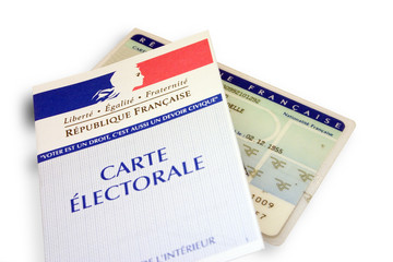 cartes d'électeur et d'identité