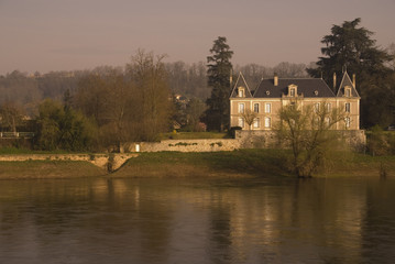 manor on the dordogne