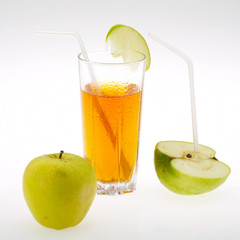 juice and apple
