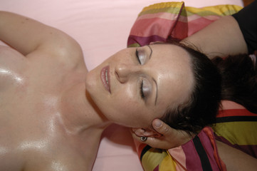 spa head and neck massage