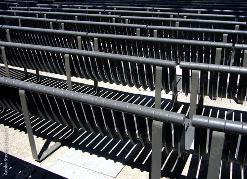 black bench pattern