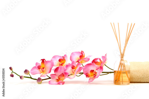 Obraz w ramie pink orchid and fragrance sticks