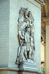 women statues