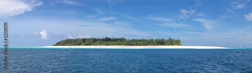 blue see and white sand of the mnemba atoll, zanzibar, tanzania,