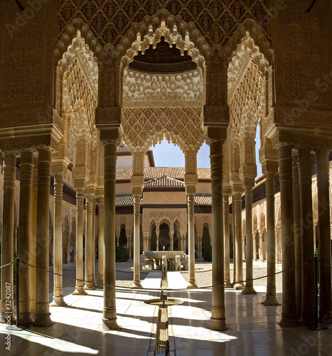 fototapete alhambra andalusia schloss s deuropa. Black Bedroom Furniture Sets. Home Design Ideas