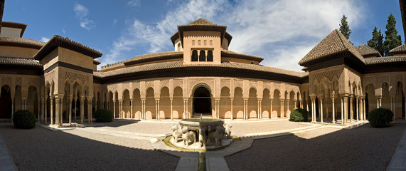 lion patio stiched image panorama