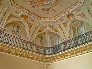 balcone e soffito in stile classico