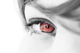 oeil regard de femme battue rouge violence poster