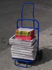 carro de periódicos
