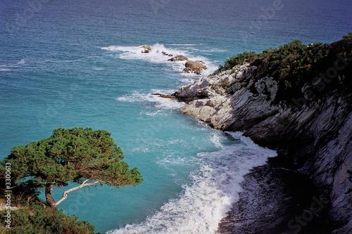 Matrimonio Spiaggia Bergeggi : Quot spiaggia di bergeggi immagini e fotografie royalty free