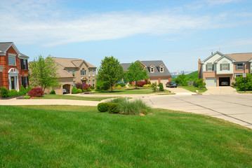 cul de sac suburban houses